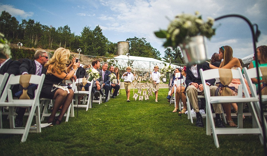 (Wedding) March to Your Own Beat!