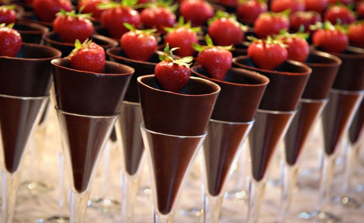 the event chocolate cups